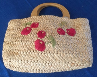 1980s Straw Purse with Cherry Design, Straw purse Wood handles, Vintage Straw Purse