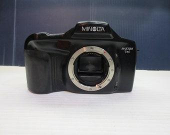 Minolta Maxxum 7XI Camera