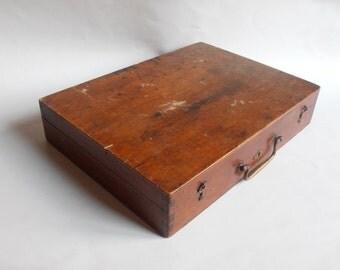 antique wooden painter's case