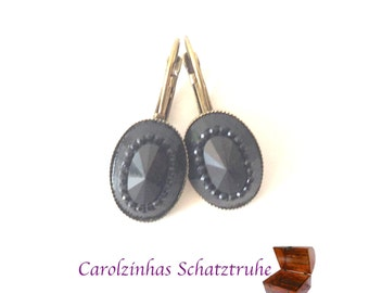 earrings black queen  vintage style