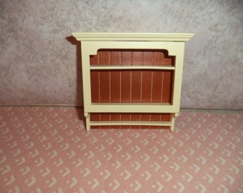 1:12 scale Dollhouse Miniature Creme color Shelf