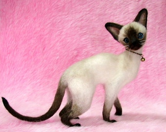 Needle Felted Siamese Cat: Miniature Needle Felt Cat, Needle Felting