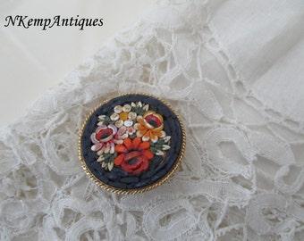Italiaan mosaic brooch