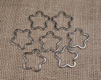 10 Silver-Tone Flower Split Rings - Item 74078