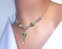 Light green pearl byzantine chainmaille necklace with Swarovski elements, green and silver, womens necklace, great for bridal, gifts, proms