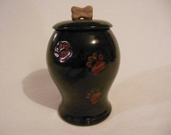 Paw Print Pet Urn in Wine