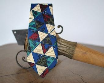 Vintage PRINTED NECKTIE , abstract print men's tie ....(018)