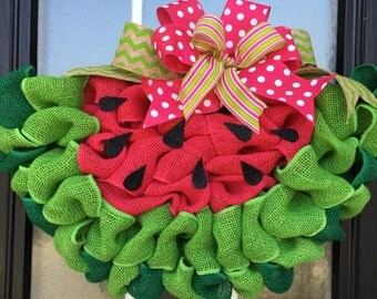 Watermelon Wreath; Watermelon Slice Door Hanger Made with Looped Burlap Ribbon; Burlap Watermelon Door Decor; Summer Decoration
