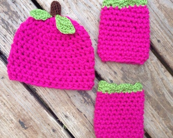 Baby Rasberry hat and leggings