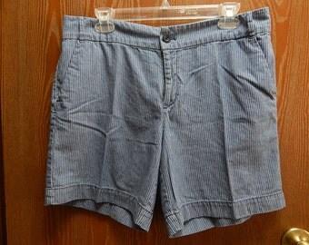 """Chaps Ralph Lauren 34"""" Waist Womens 10 Blue Pinstripe Cotton Shorts"""