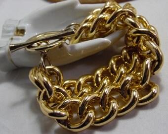 Chunky Gold Tone Chain Link Bracelet
