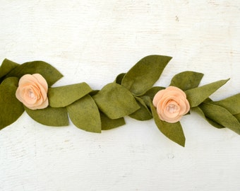 PEACH & BLUSH|| Felt Floral Garland