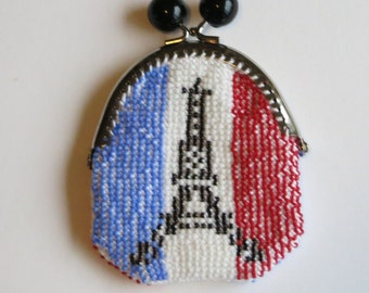 beaded purse with the French Eiffel tower
