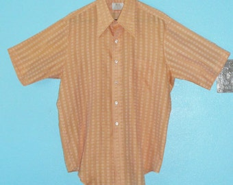 "60s Guys Vintage ""Arrow"" Poly/Cotton Blend Hipster Apricot-Color Woven Sports Shirt — size XL"