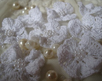 Crochet White Flowers with White Pearl Bead set 6 pieces