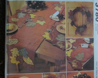 McCalls 3780, crafts, autumn, fall decor, napkins, placemats, table runner, harvest decorations, UNCUT sewing pattern, craft supplies
