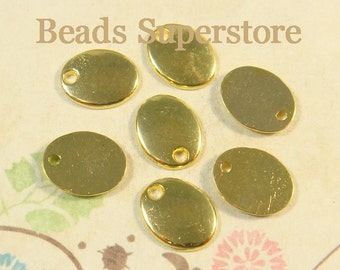 SALE 10 mm x 8 mm Gold-Plated Oval Charm / Pendant / Stamping Tag - Nickel Free, Lead Free and Cadmium Free - 10 pcs (CH253)