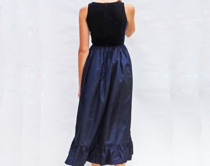 Silk Evening Gown, Vintage 1980s Laura Ashley Navy Blue Silk & Velvet Dress, Vintage 80s Evening Dress, Maxi Dress, Silk Prom Dress, Formal