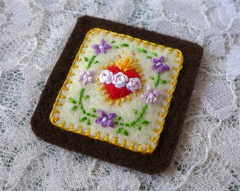 Sacred Hearts with Violets (Cream) - Hand Embroidered Brown Scapular