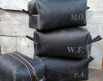 Set of 8, Groomsmen Dopp Kit, Men's dopp kit, Grooming Bag, Men's Toiletry Bag, Free Personalized, Dopp Kit