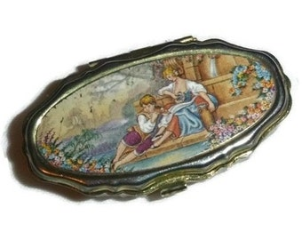 Vintage Romantic Pill Box Couple Fragonard Tin Pillbox Victorian Love Vitamin Container Floral Vanity Case Meds Storage Valentine Lover Gift