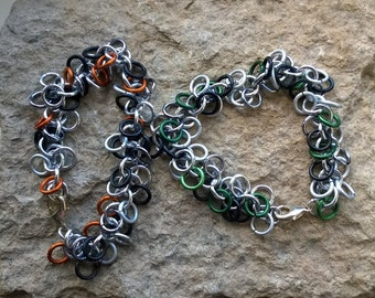 Shaggy Loops chainmaille bracelet - your choice of colours