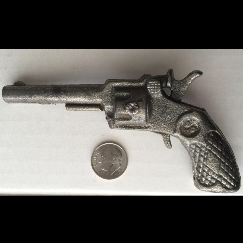 Vintage Cast Iron Toy 8