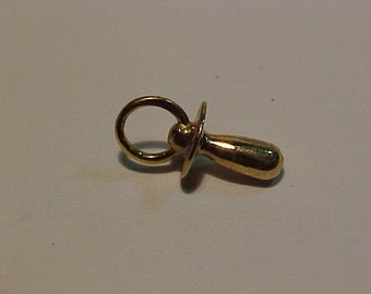 10k hallmarked Gold soother-charm-