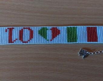 Loom beade bracelet, I love Italy. Io amo l'Italia. Beaded flag