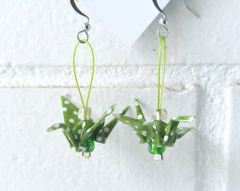 Green origami cranes earrings made out of chiyogami japenese paper. green and white polka dot, light weight jewel, paper birds