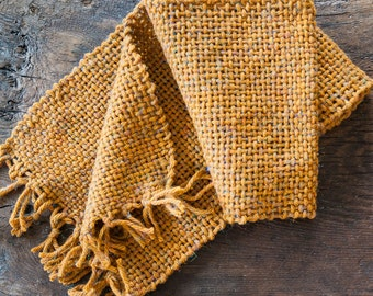 Yellow mustard wool scarf with delicate and multicolored thin wires