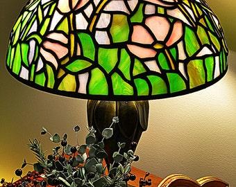Tiffany Tulip 14 inch dome lamp shade