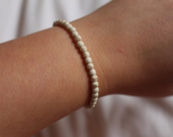 White Turquoise Beaded Bracelet.