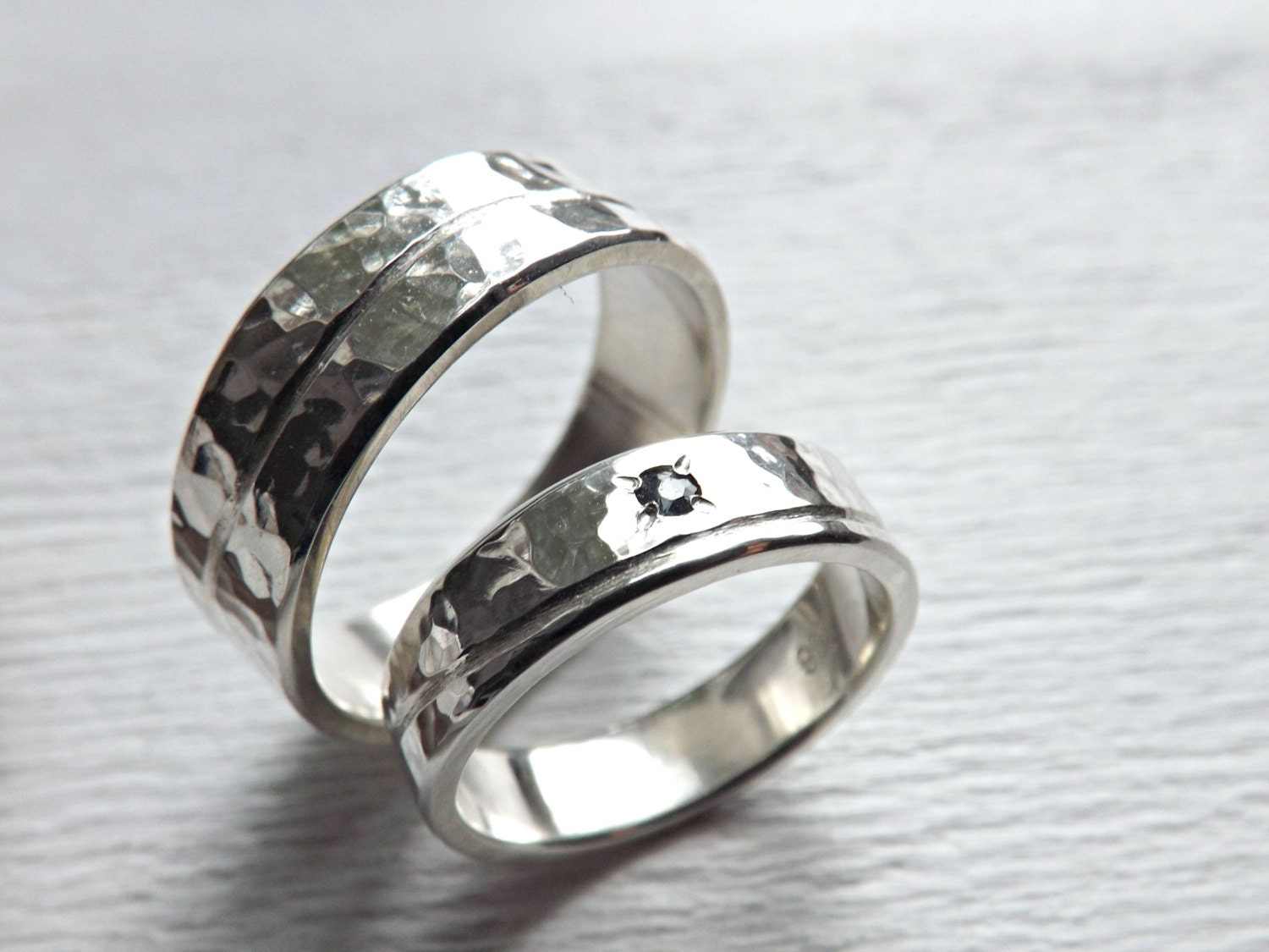 unique wedding bands silver matching promise rings silver. Black Bedroom Furniture Sets. Home Design Ideas