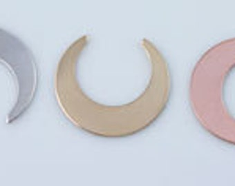 19mm x 18mm Crescent Moon Gold Filled or Rose Gold Filled, Sterling Silver  Stamping Blank, Stamping Supplies, Moon Stamping Blanks, ST32GF