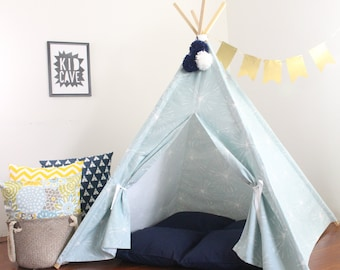 Play Tent, Teepee, Fresh Blue Color, Playhouse, Kids Teepee Tent, Teepees, Tee Pee Tent, Kids Tent, Tent, Childrens Teepee, READY TO SHIP