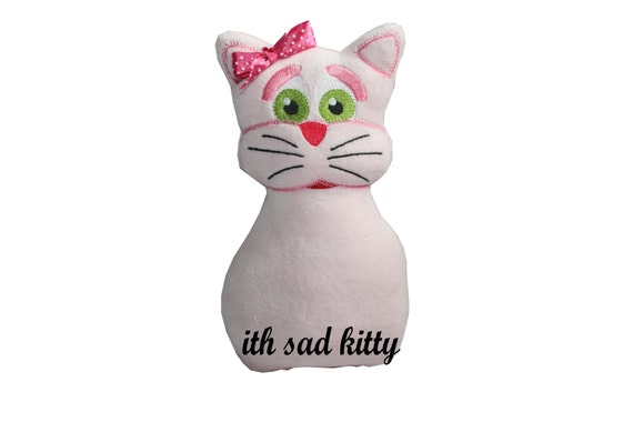 ith embroidery design-ith softie-pink kitty in the hoop