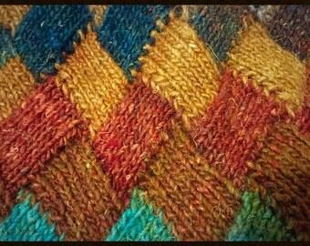 HAND - knitted  SKIRT. ENTRELAC