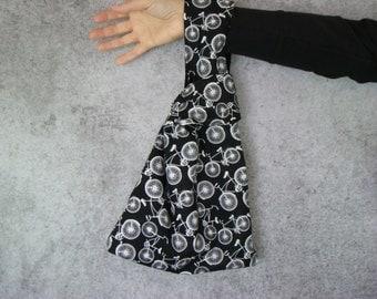 Bicycle Knot Bag, Japanese Knot Bag, Knitting Project Bag, Crochet Project Bag, Knotted Wristlet, Reversible Knot Bag, BlackTravel Motif Bag