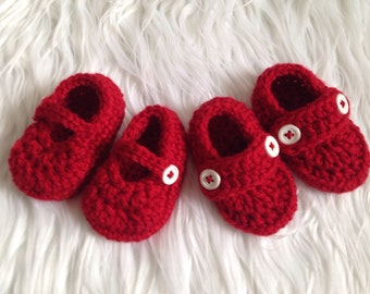 Newborn Christmas Shoes, Red Baby Booties, Crochet Red Shoes, Handmade Crochet, Baby Girl Shoes, Baby boy shoes