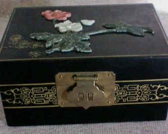 Black Lacquer Wood Jewelry Box with Applied Flowers - 4586