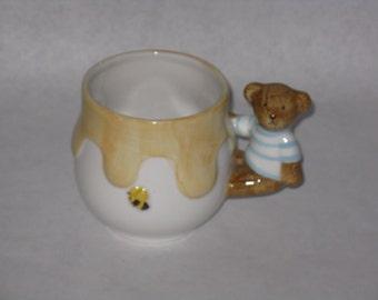 Vintage Takahashi bear mug honey bee San Francisco hand painted