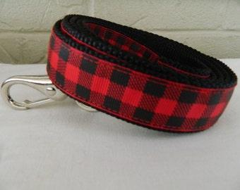 Red and Black Buffalo Plaid Dog Leash