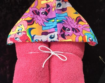 My Little Pony Hooded Pink Towel