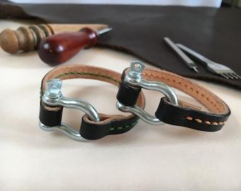 Nautical shackle bracelet hand sewn Brown shackle clasp bracelet Simple leather bangle Stainless steel shackle buckle Industrial bracelet