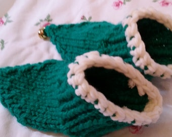 Goblin shoes/socks - knitted - handmade - UK 8,5 USA 9 - with bell and ABS