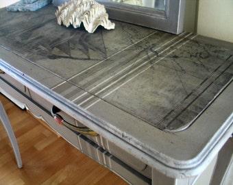Re-design: Vintage Konsolen Tisch mit Spiegel Mayflower Unikat
