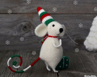 Needle felted Mouse - Rat - Felting wool - Christmas - Holiday gift - Fiber art - Home decor