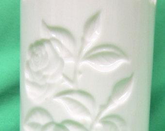Lenox Rose Reticulated Heart Vase