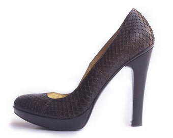 Gianni Bravo Black Snakeskin Pumps Sz 38/7.5